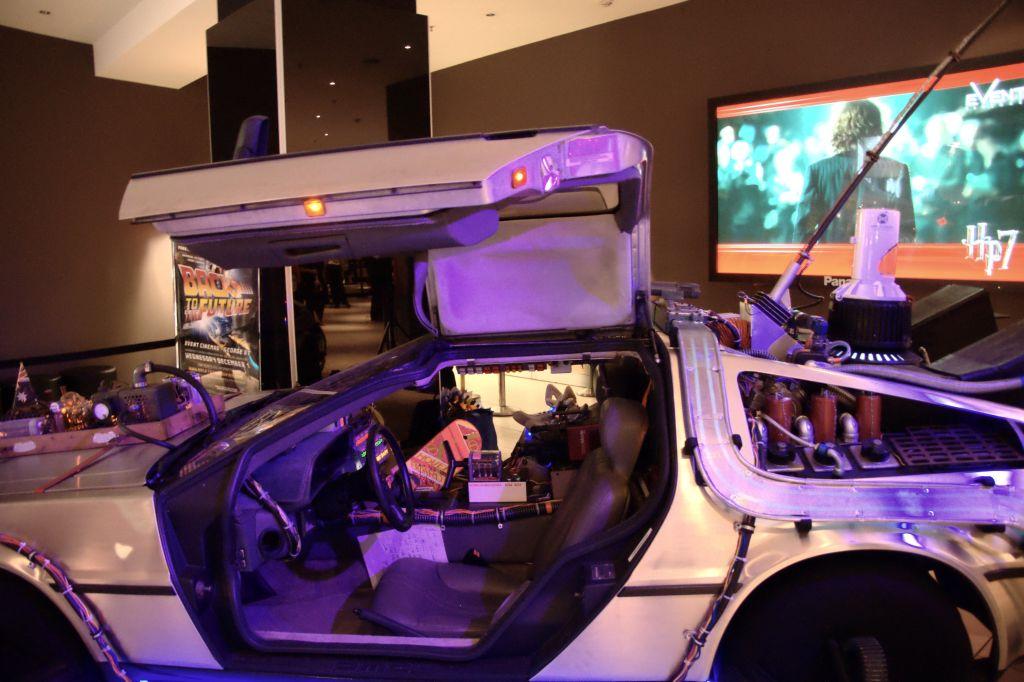 DeLorean - Back to the Future