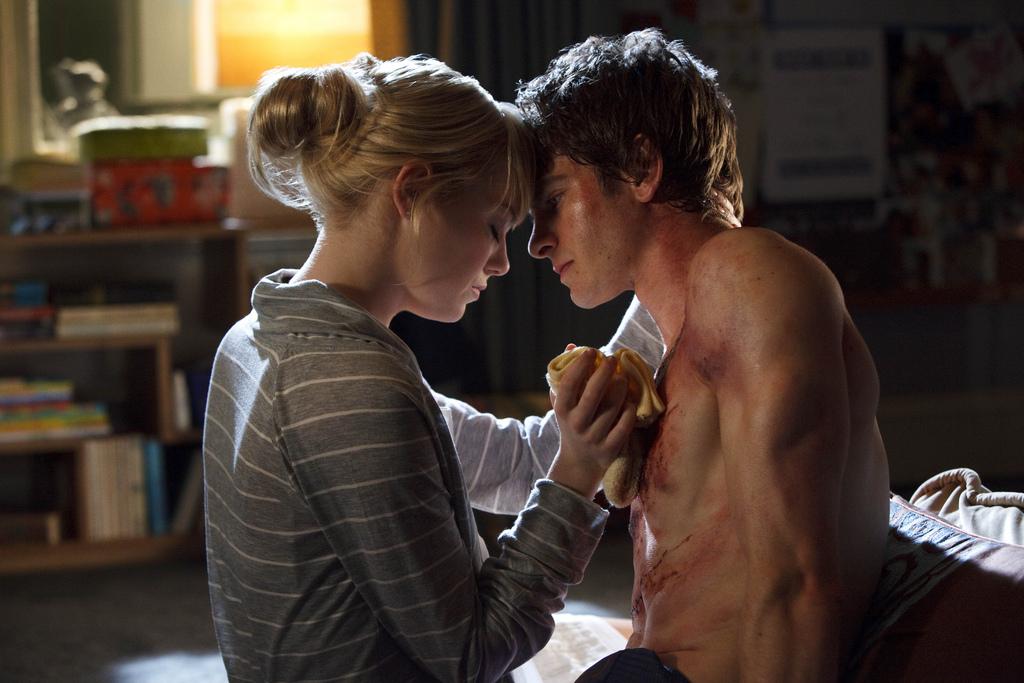 The Amazing Spider-Man 2012 - Andrew Garfield;Emma Stone