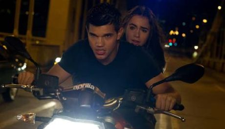 Abduction - Taylor Lautner