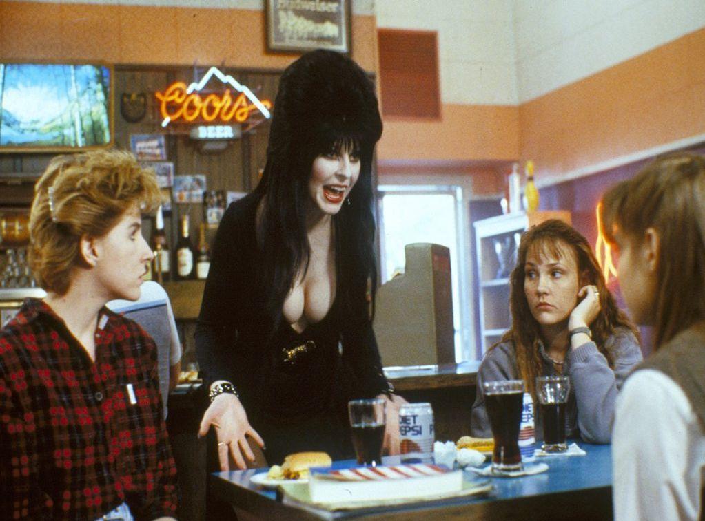 Elvira, Mistress of the Dark (1988)