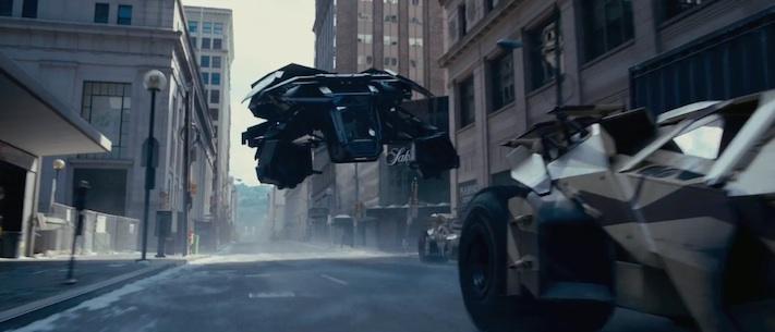 The Dark Knight Rises - Batman can fly!