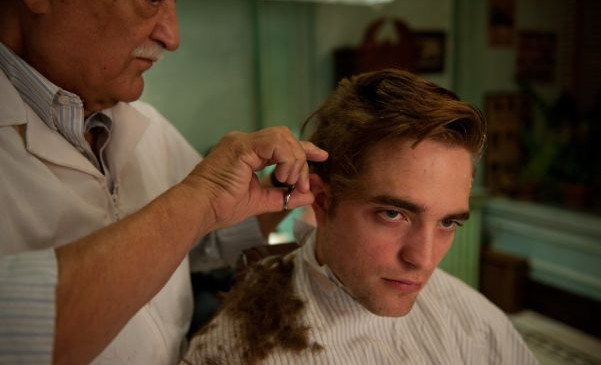 Robert Pattinson being shaved - Cosmopolis