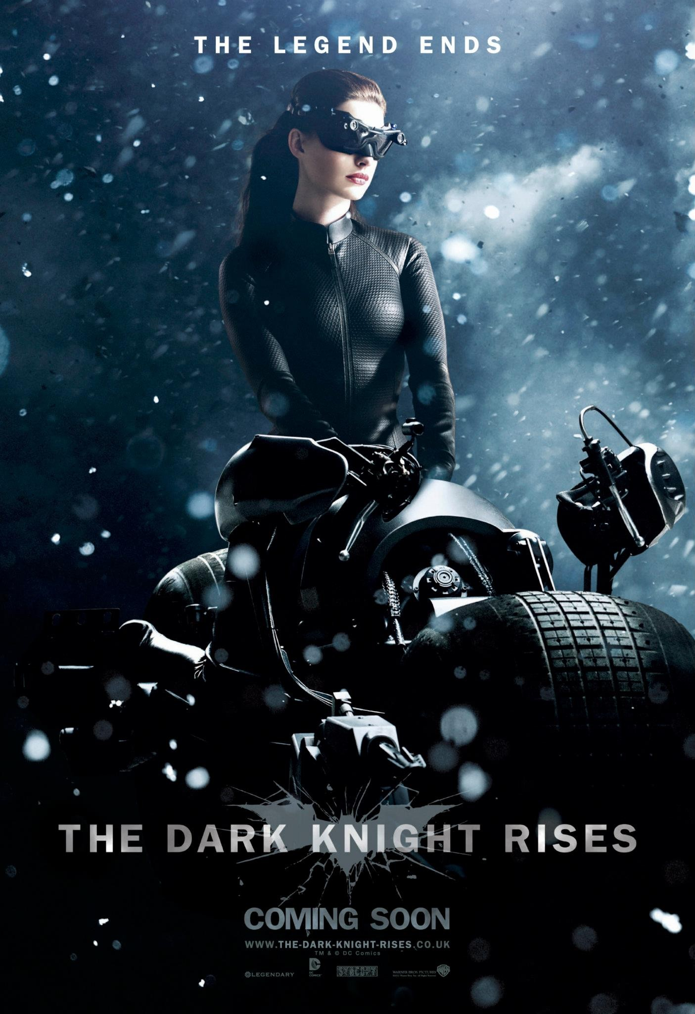 The Dark Knight Rises - Catwoman poster