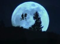 E.T.: THE EXTRA-TERRESTRIAL Blu-ray
