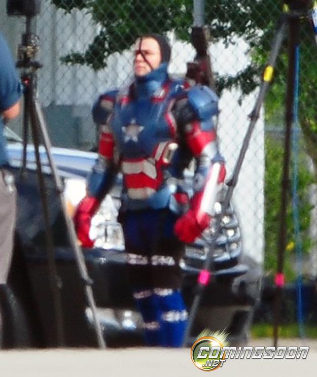 Iron Man 3 - Iron Patriot on set