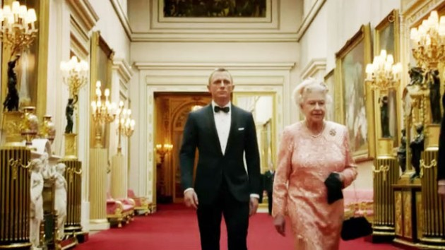 James Bond Escorts the Queen - BBC (Olympic Games)