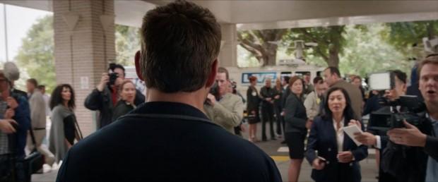 Iron Man 3 - Teaser - Tony Stark (Robert Downey Jr) meets the press