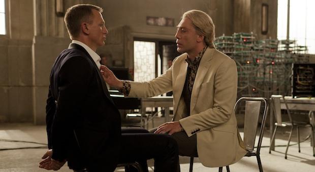 Daniel Craig;Javier Bardem in SKYFALL
