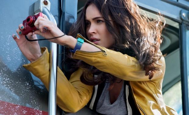 TEENAGE MUTANT NINJA TURTLES (Megan Fox)