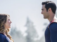 Supergirl S2E01 - The Adventures of Supergirl